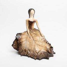 sculpture Autumn Lady