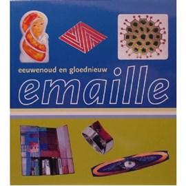 Livre en émail